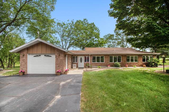 71415 Adamsville Road, Edwardsburg, MI 49112 (MLS #20021179) :: Jennifer Lane-Alwan