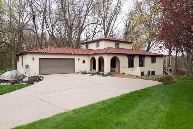 147 Country Club Boulevard, Plainwell, MI 49080 (MLS #20021934) :: Ron Ekema Team