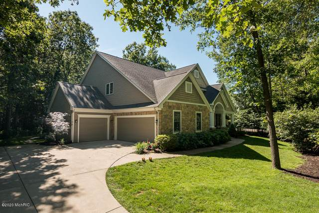 6354 E Bay Lane, Richland, MI 49083 (MLS #20022267) :: Jennifer Lane-Alwan