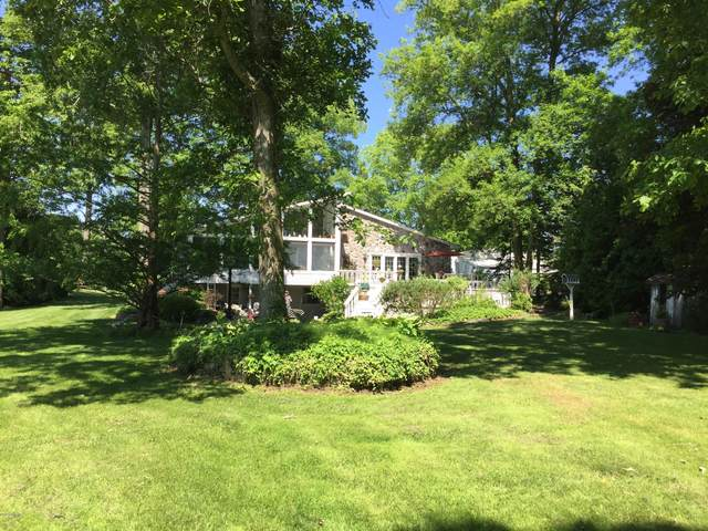 257 Dons Drive, Coldwater, MI 49036 (MLS #20022312) :: Jennifer Lane-Alwan