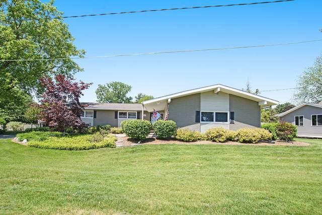 15489 Howard Street, Spring Lake, MI 49456 (MLS #20022506) :: Deb Stevenson Group - Greenridge Realty