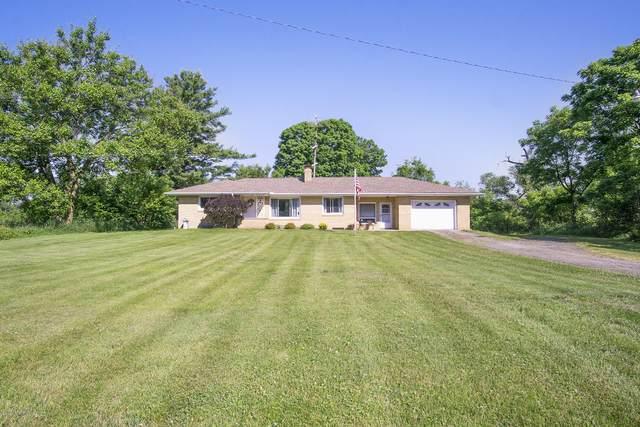 1720 Bakertown Road, Buchanan, MI 49107 (MLS #20022668) :: Deb Stevenson Group - Greenridge Realty