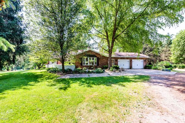584 Mt Tabor Road, Buchanan, MI 49107 (MLS #20022901) :: Deb Stevenson Group - Greenridge Realty