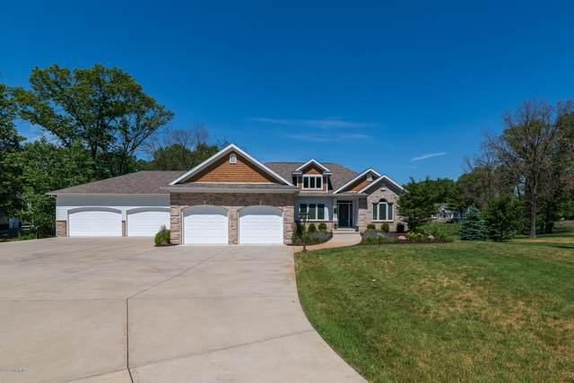 7140 Eagle Height Drive, Mattawan, MI 49071 (MLS #20023003) :: Ron Ekema Team