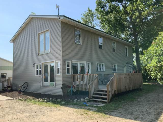 9518 S Felch, Grant, MI 49327 (MLS #20023128) :: Deb Stevenson Group - Greenridge Realty