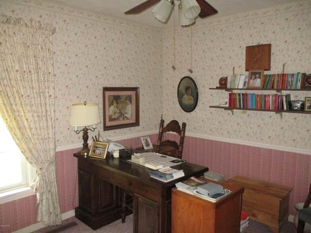 1135 Shoreland Drive, Niles, MI 49120 (MLS #20023170) :: Deb Stevenson Group - Greenridge Realty