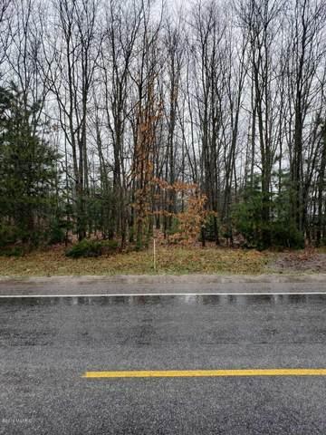 1300 S Wolf Lake Road, Muskegon, MI 49442 (MLS #20023580) :: CENTURY 21 C. Howard