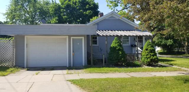 305 E Center Street, Belding, MI 48809 (MLS #20023703) :: Jennifer Lane-Alwan