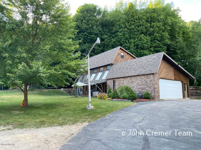 11889 Phelps Avenue NW, Sparta, MI 49345 (MLS #20023835) :: Jennifer Lane-Alwan
