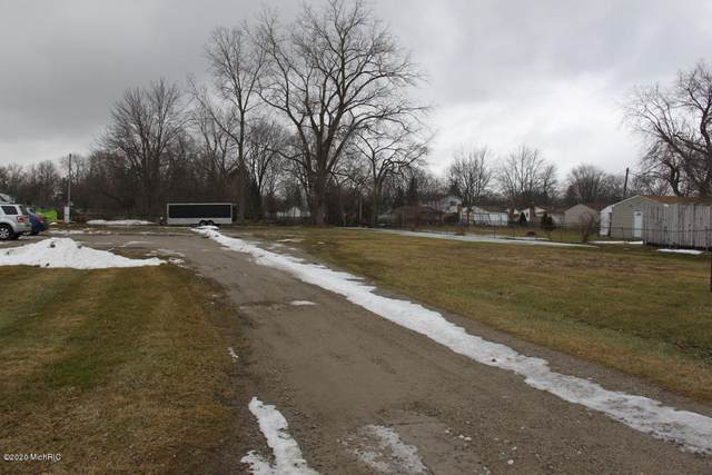 19059 E 14 Mile Road, Clinton Township, MI 48035 (MLS #20023982) :: Ginger Baxter Group