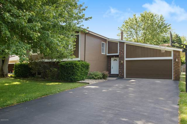 17333 Iroquois Boulevard, Three Rivers, MI 49093 (MLS #20024331) :: CENTURY 21 C. Howard