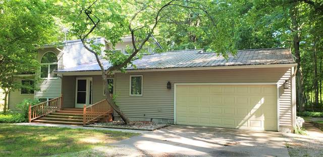 6975 Old Channel Trail, Montague, MI 49437 (MLS #20024359) :: Deb Stevenson Group - Greenridge Realty