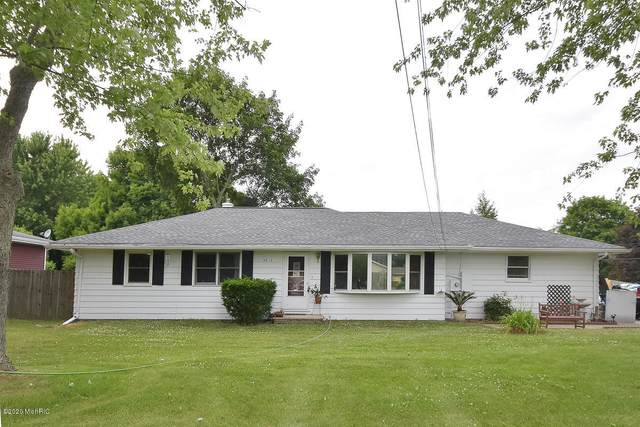 3577 Pinto Road, Kalamazoo, MI 49004 (MLS #20024396) :: Ron Ekema Team