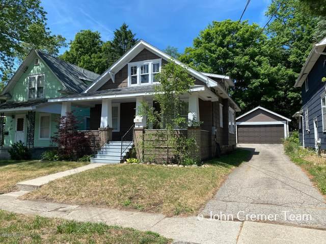 105 Sharon Avenue, Battle Creek, MI 49017 (MLS #20024425) :: Jennifer Lane-Alwan