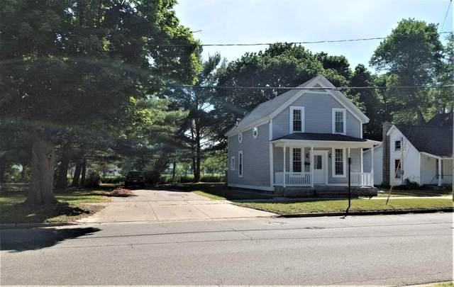 820 N 4th Avenue, Big Rapids, MI 49307 (MLS #20024516) :: Deb Stevenson Group - Greenridge Realty