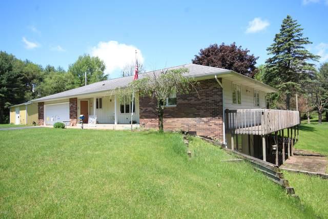 5593 Tu Avenue E, Vicksburg, MI 49097 (MLS #20024606) :: CENTURY 21 C. Howard