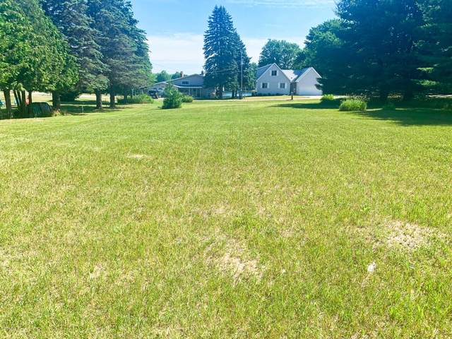 7105 Southwest Drive, Canadian Lakes, MI 49346 (MLS #20024736) :: JH Realty Partners