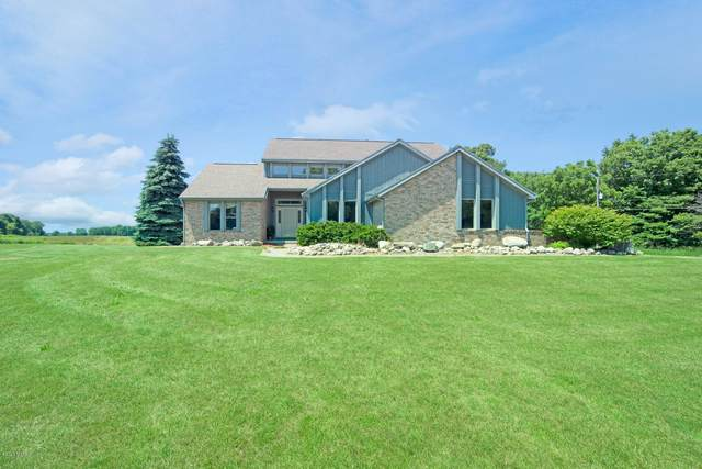 1620 S Edgar Road, Mason, MI 48854 (MLS #20024753) :: Ginger Baxter Group