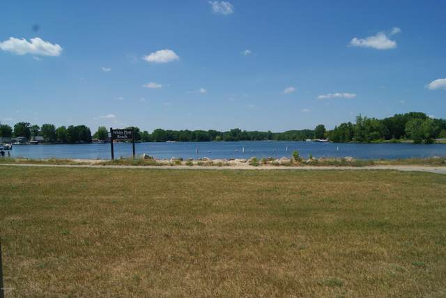 7791 Sunset Shores Drive, Canadian Lakes, MI 49346 (MLS #20024902) :: JH Realty Partners