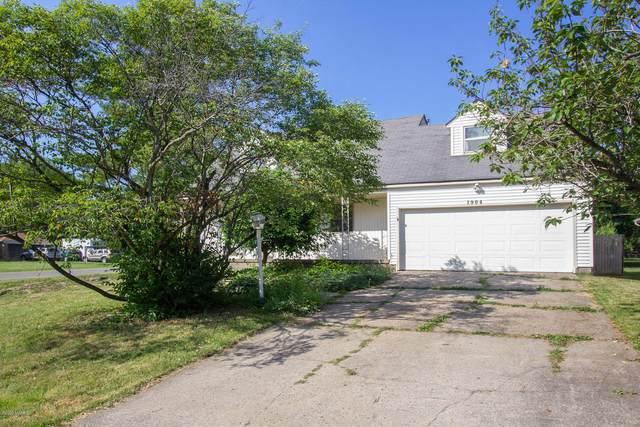 1904 Covington Drive SE, Grand Rapids, MI 49506 (MLS #20024978) :: Deb Stevenson Group - Greenridge Realty