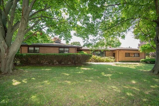 1442 Clarke Place, South Haven, MI 49090 (MLS #20025044) :: Jennifer Lane-Alwan