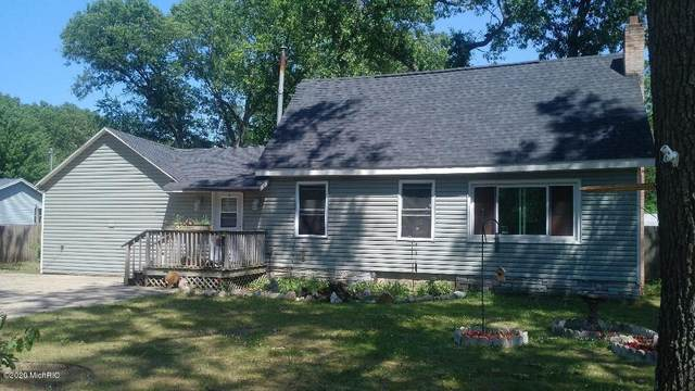 598-S S Wolf Lake Road, Muskegon, MI 49442 (MLS #20025087) :: CENTURY 21 C. Howard