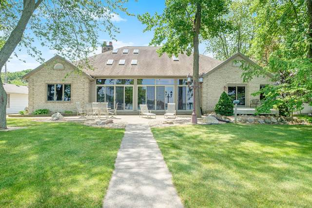 10946 Shady Lane Drive, Middleville, MI 49333 (MLS #20025097) :: JH Realty Partners