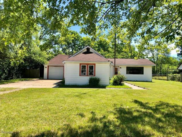 2043 Betty Lane Lane, Mount Pleasant, MI 48858 (MLS #20025232) :: Deb Stevenson Group - Greenridge Realty