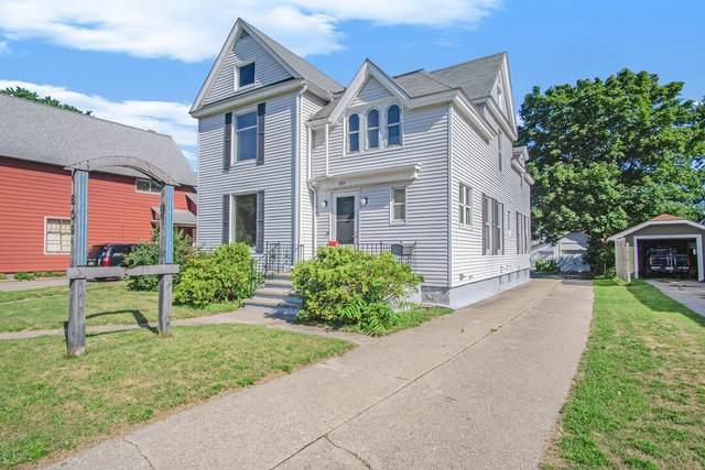 809 E Ludington Avenue, Ludington, MI 49431 (MLS #20025349) :: Deb Stevenson Group - Greenridge Realty
