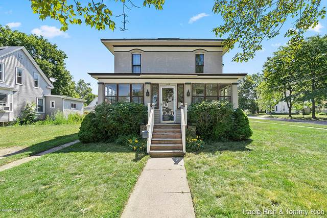 322 Alderman Street, Belding, MI 48809 (MLS #20025703) :: Jennifer Lane-Alwan