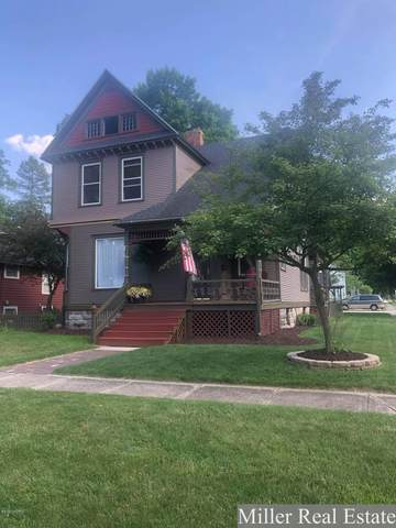 138 W Walnut Street, Hastings, MI 49058 (MLS #20025775) :: Jennifer Lane-Alwan