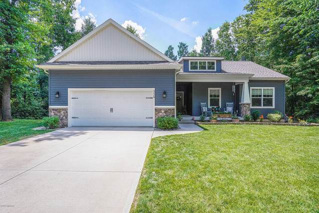 4228 Amazon Drive, Lowell, MI 49331 (MLS #20025874) :: Jennifer Lane-Alwan