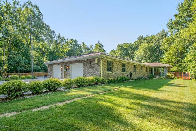 56820 Glenwood Road, Cassopolis, MI 49031 (MLS #20025969) :: Jennifer Lane-Alwan