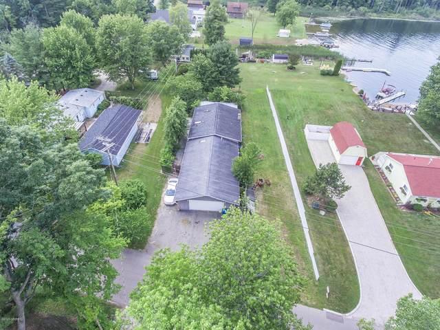 1434 Lynn Drive, Middleville, MI 49333 (MLS #20025989) :: Deb Stevenson Group - Greenridge Realty