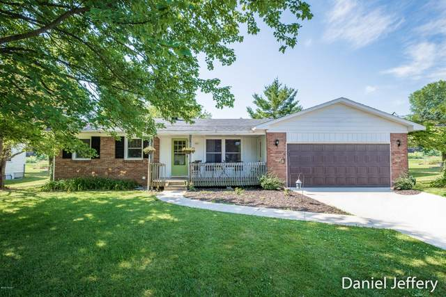 1116 Janice Street, Wayland, MI 49348 (MLS #20026003) :: Jennifer Lane-Alwan