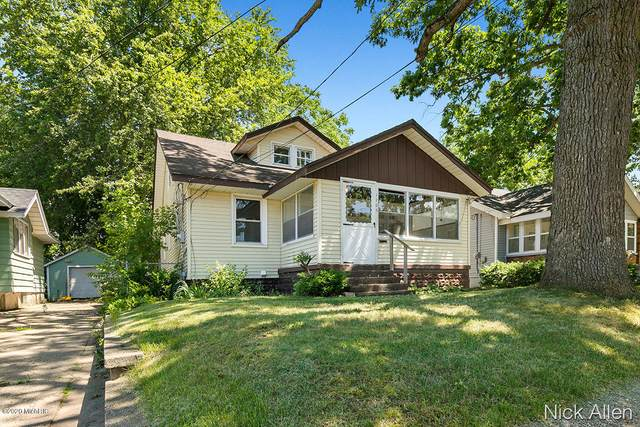 1706 Burlingame Avenue SW, Wyoming, MI 49509 (MLS #20026147) :: JH Realty Partners
