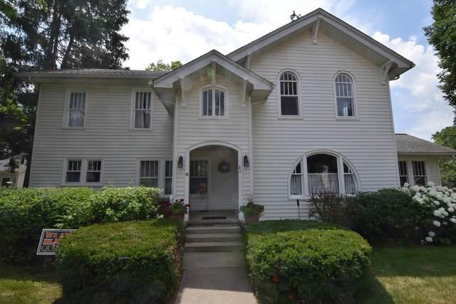 85 E Chicago Street, Quincy, MI 49082 (MLS #20026269) :: Deb Stevenson Group - Greenridge Realty