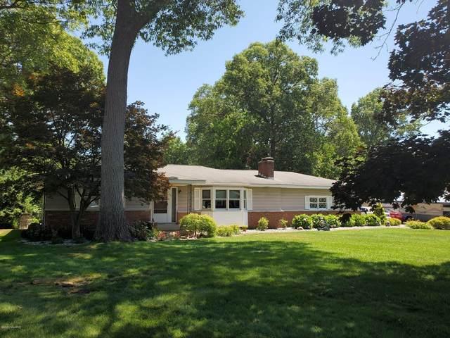 690 W Wedgewood Drive, North Muskegon, MI 49445 (MLS #20026356) :: CENTURY 21 C. Howard