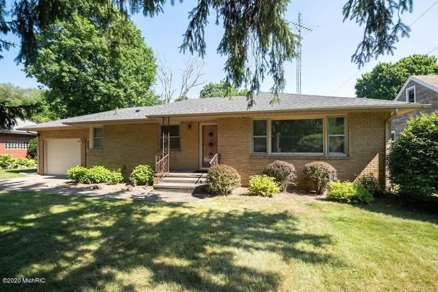 535 W Napier Avenue, Benton Harbor, MI 49022 (MLS #20026369) :: Jennifer Lane-Alwan