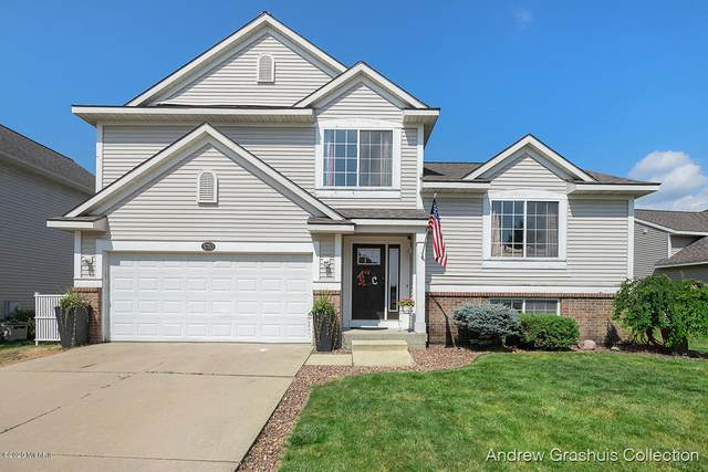 5783 Hickory Hill Court SE, Kentwood, MI 49512 (MLS #20026396) :: JH Realty Partners