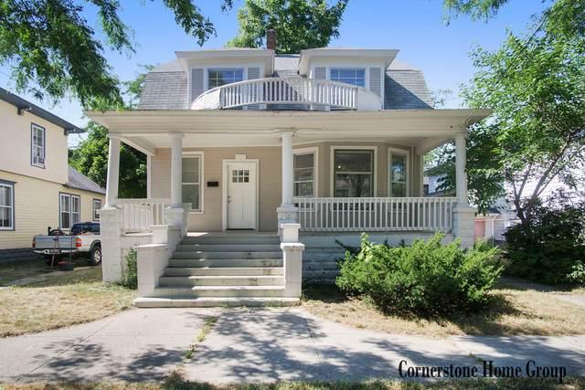 112 Iona Avenue, Muskegon, MI 49442 (MLS #20026444) :: CENTURY 21 C. Howard