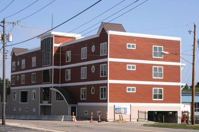 1221 Broad Street #11, St. Joseph, MI 49085 (MLS #20026447) :: Jennifer Lane-Alwan