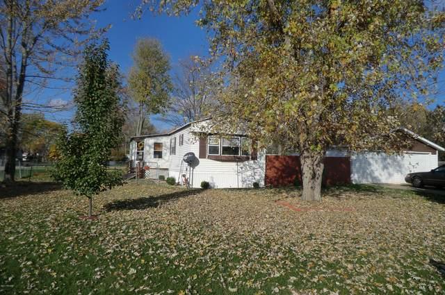 344 Deerfield Drive, Coldwater, MI 49036 (MLS #20026689) :: Deb Stevenson Group - Greenridge Realty