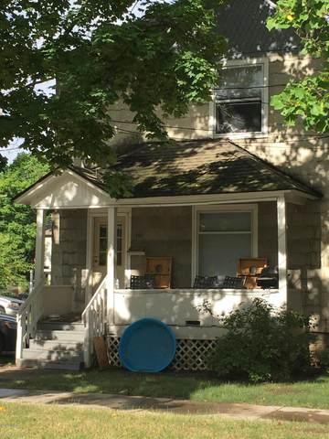 611 Davis Street, Kalamazoo, MI 49007 (MLS #20026841) :: CENTURY 21 C. Howard