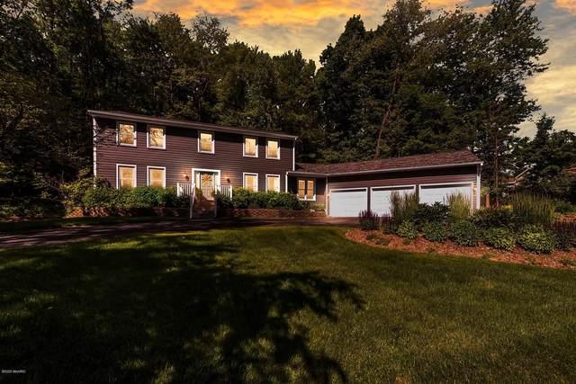 1605 Tammarron Avenue SE, Grand Rapids, MI 49546 (MLS #20026875) :: Deb Stevenson Group - Greenridge Realty