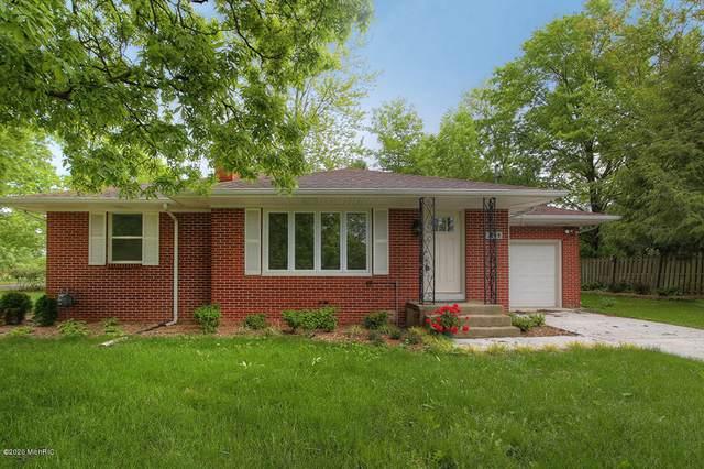 3039 Hall Street SE, East Grand Rapids, MI 49506 (MLS #20027288) :: Ginger Baxter Group