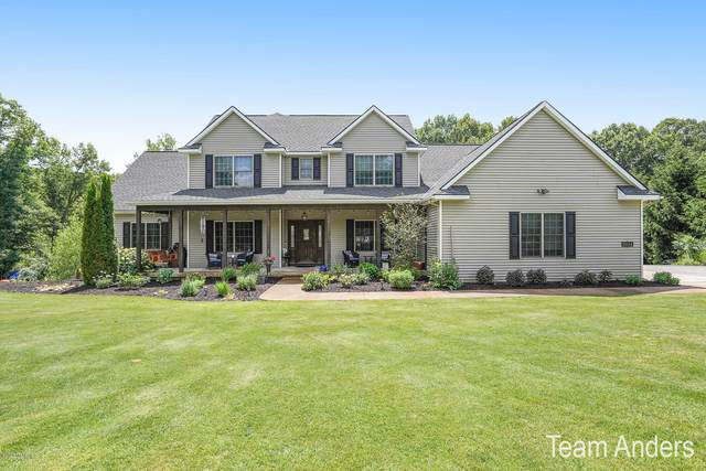 9954 Coldwater Creek NE, Rockford, MI 49341 (MLS #20027299) :: Ginger Baxter Group