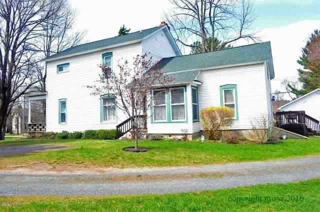 174 N Rutledge Street, Pentwater, MI 49449 (MLS #20027459) :: JH Realty Partners