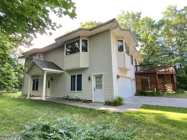 6945 W Buchanan Road, Shelby, MI 49455 (MLS #20028042) :: Jennifer Lane-Alwan