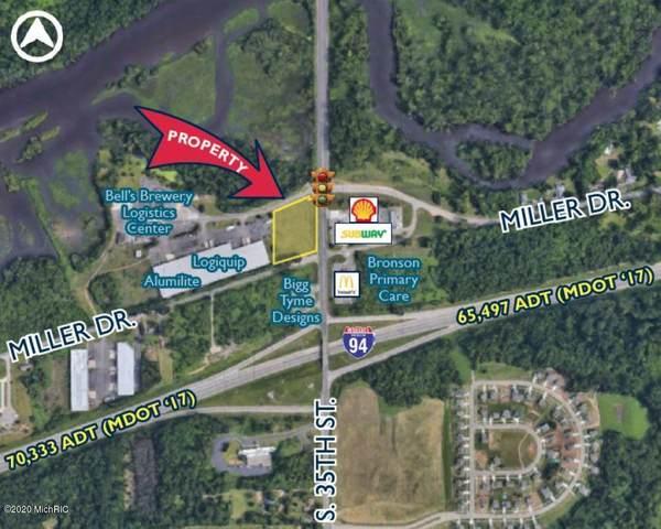 1402 S 35th Street, Galesburg, MI 49053 (MLS #20028419) :: CENTURY 21 C. Howard